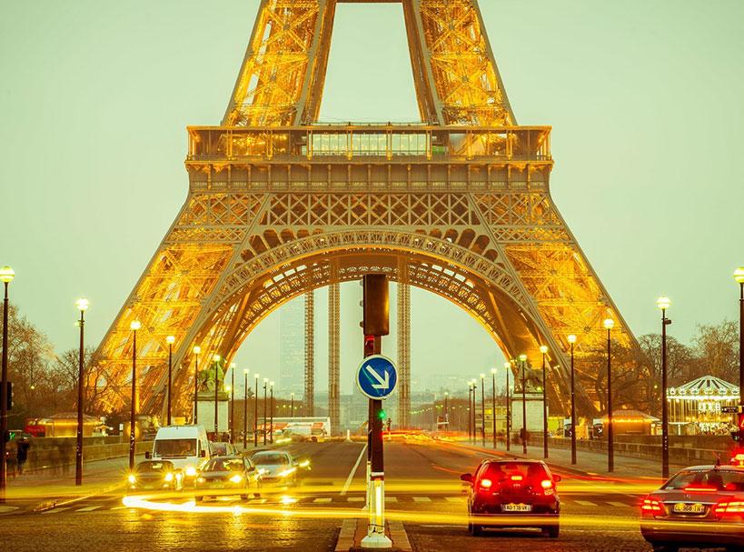 Earth Pic Daily - Tour Eiffel Actuelle