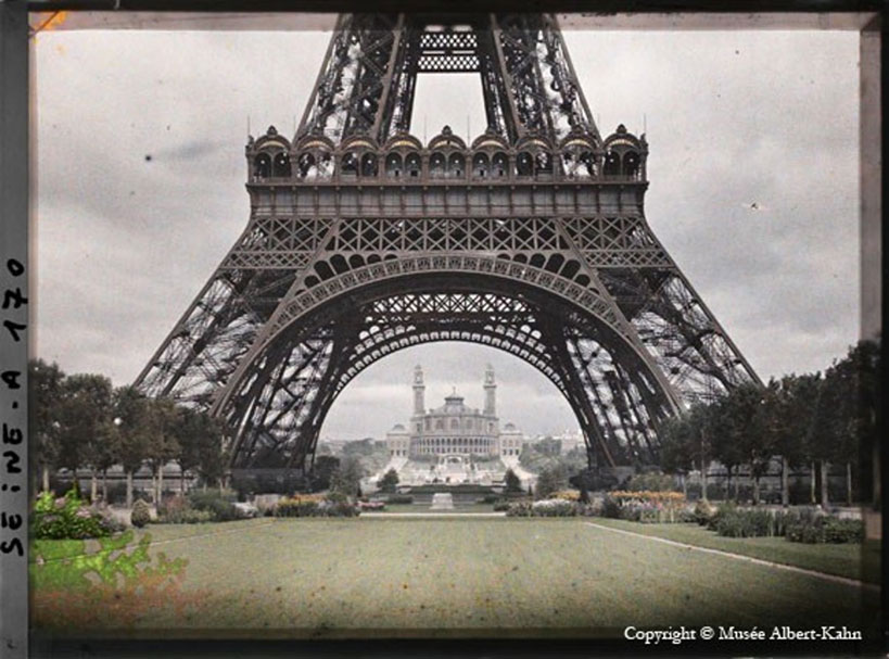 Earth Pic Daily - Tour Eiffel Albert Khan